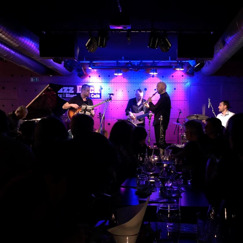 parádní křest noční optiky v jazz docku