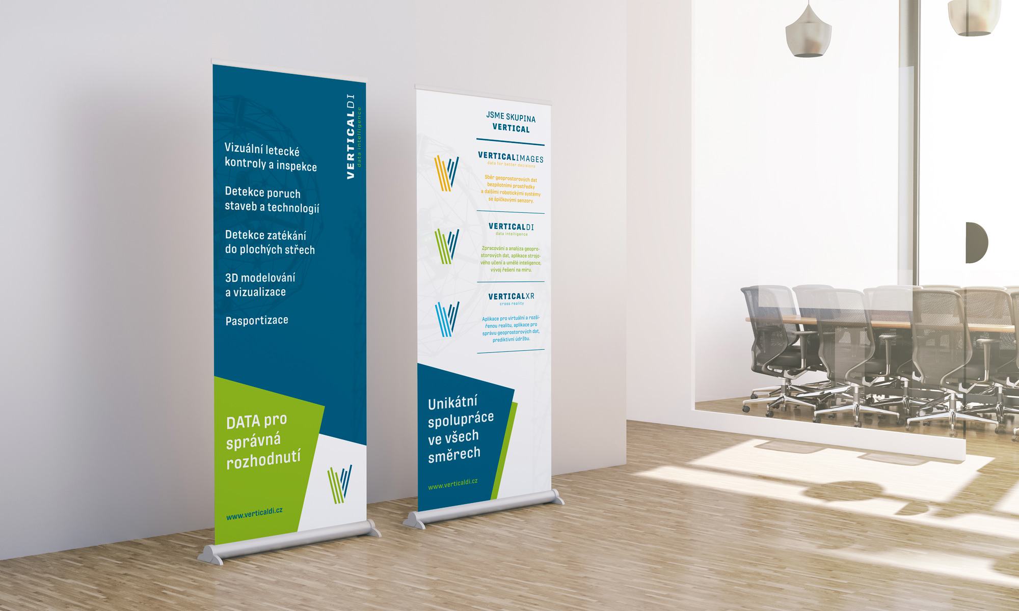 [album/Products_Model_Product/119/Vertical_roll-up_dvojice.jpg]